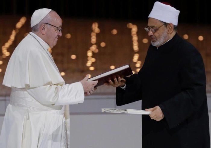 Déclaration commune historique du pape François et du grand imam d'Al-Azhar Ahmad AL-Tayeb à Abou Dhabi
