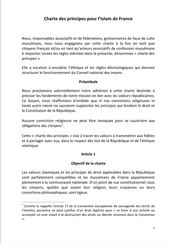 Présentation de la charte des principes pour l'islam de France au président de la République